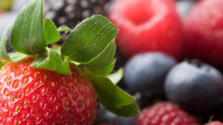 Co jeść, aby przyśpieszyć regenerację po treningu? Przykłady antyoksydantów