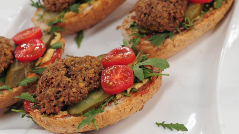 Przepisy na zdrowe posiłki według Moniki Mrozowskiej