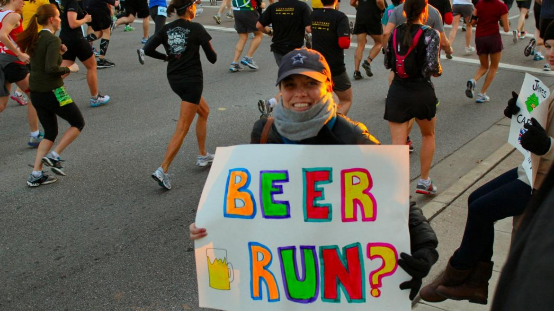 Chcesz lepiej biegać? Pij piwo!