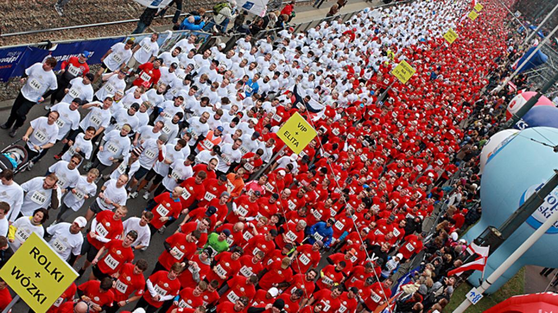 100 biegów w 100 miastach na 100-lecie odzyskania przez Polskę niepodległości