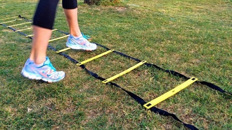 5 ćwiczeń dla biegaczy na drabince szybkościowej