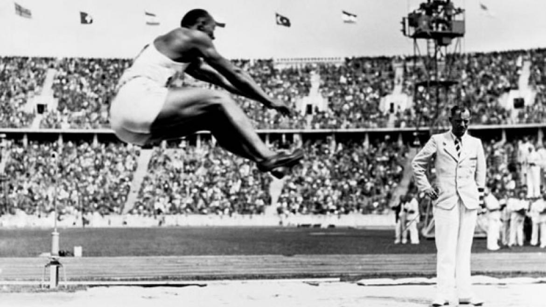 Jessie Owens - mistrz biegania, który zmienił świat