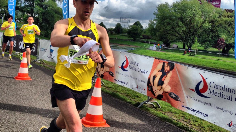 5 ćwiczeń stabilności dla biegaczy według Artura Kerna