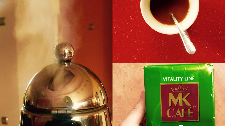 Czarna kawa z ekstraktem zielonej kawy  – napój dla aktywnych
