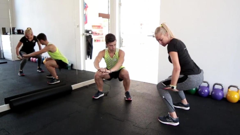 Przysiady w treningu biegacza – jak poprawnie wykonywać i po co je robić?